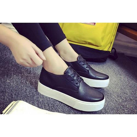 Classic Leather Black Sneaker