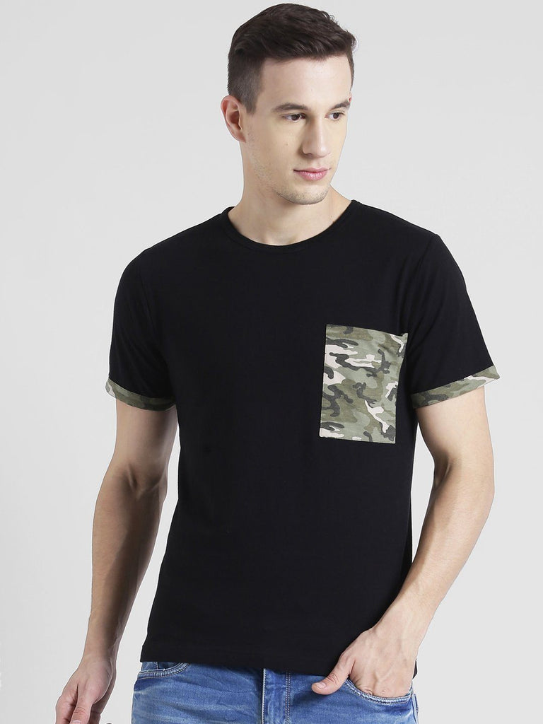 Black T-shirt With Army Pocket