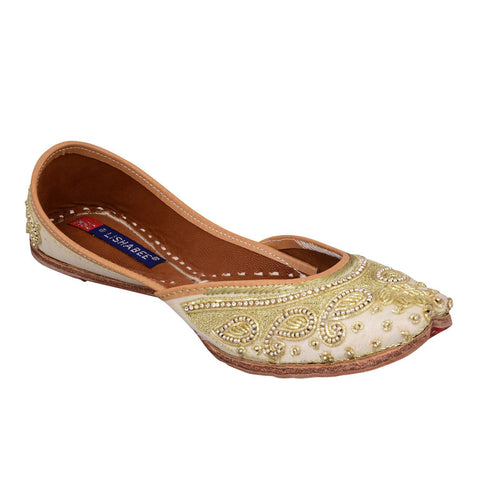 MSC Leather Stylish Fancy Cream Flat Juttis For Women