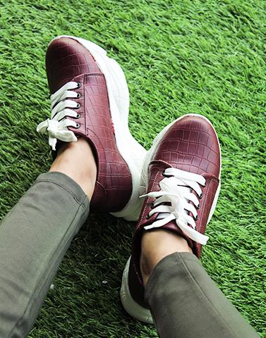 Chunky Everyday Maroon Sneakers