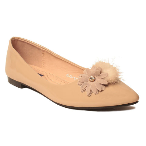 MSC Women Synthetic  Beige Footwear