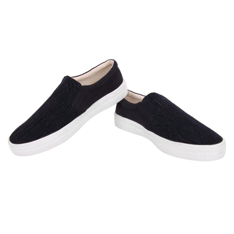 Fully Covered Black Belly Shoe