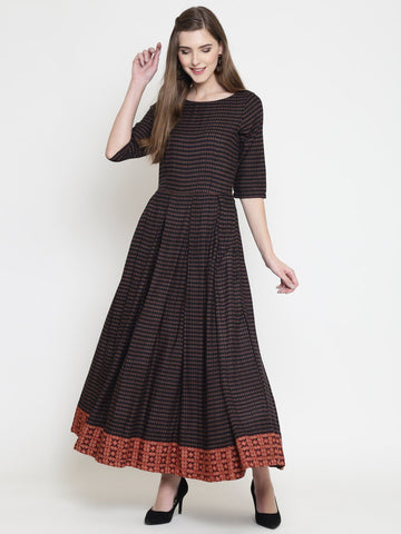 Sera Women Printed box pleated flared dress