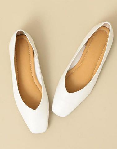 Guilty Pleasure White Flats