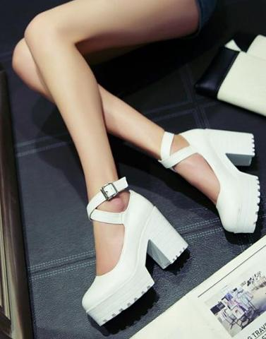 White Treasure Boots