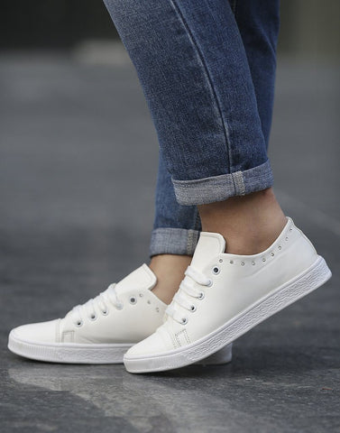 Side Stoned White Patterned Sneakers