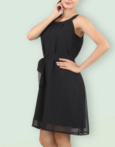 Black Solid Regular Dress