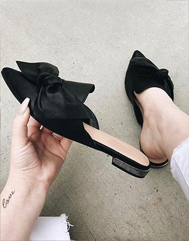 Knot Without You Black Mules