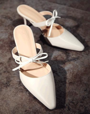 White Beauty Pencil Heels