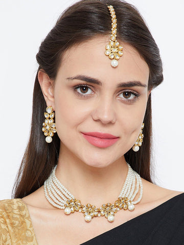 Graceful Kundan and Pearl Necklace Jewellery Set