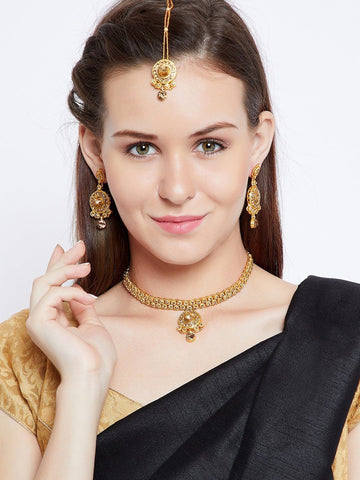Traditional Elegant Stone Studded Jewellery Set