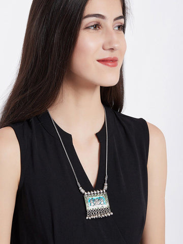 Fashion Necklace with Metallic Bells