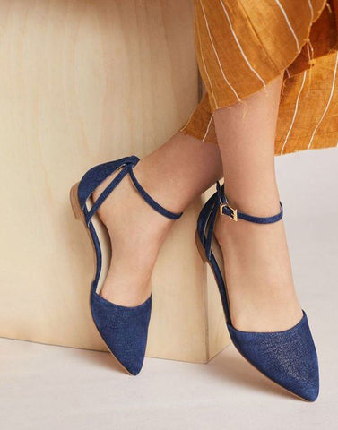 Cool Closed Pointed Flats