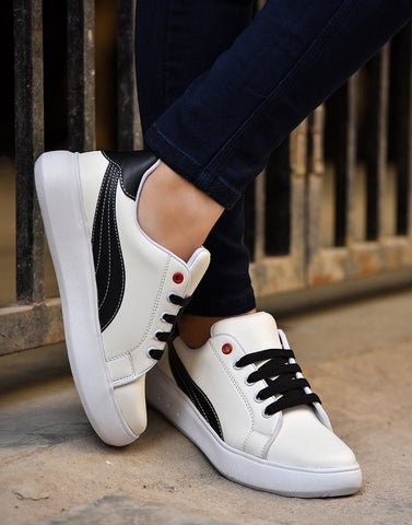 On Fleek Black White Sneakers