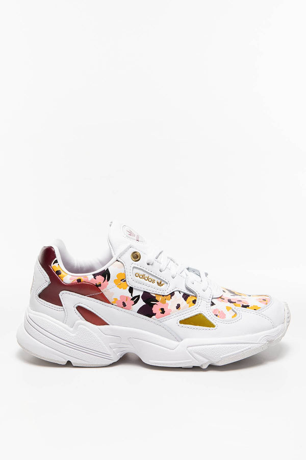 #00032  adidas Sneakers Falcon W FW2520 Cloud White / Power Berry / Gold Metallic