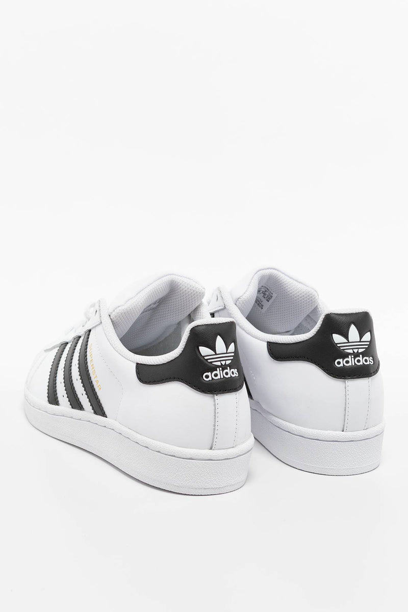 #00242  adidas Sneakers Superstar J 154