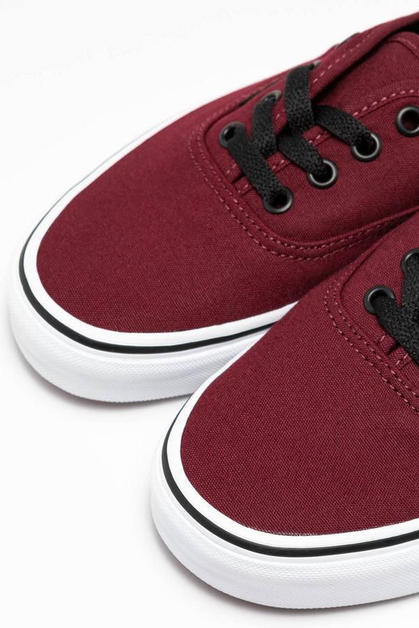 #00012  Vans Turnschuhe Authentic 5U8