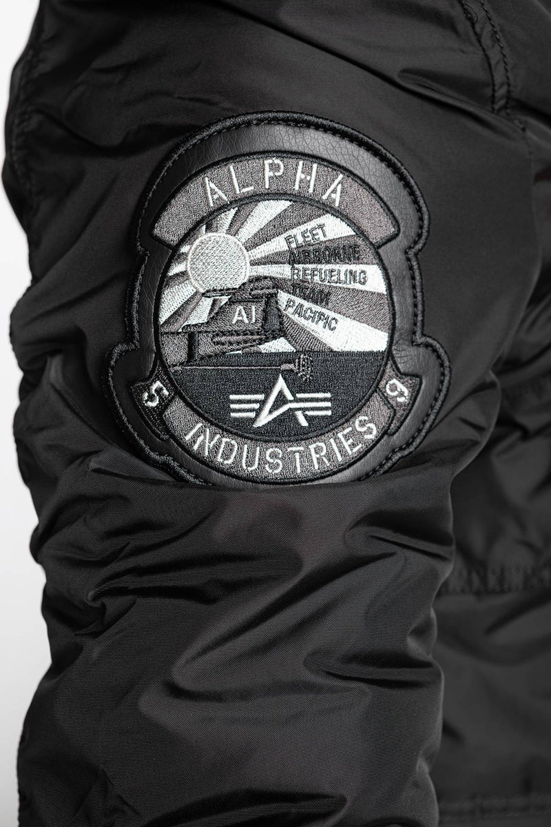 #00038  Alpha Industries Jacke ENGINE 03 BLACK
