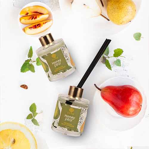 Honey Pear Premium Reed Diffuser Set, Fruity Series