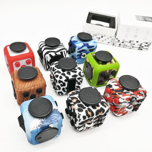 iFidget Cube - Ultimate Stress Reliever Aide (Pattern Colors)