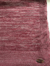 Knitted semi-instant red grey lines