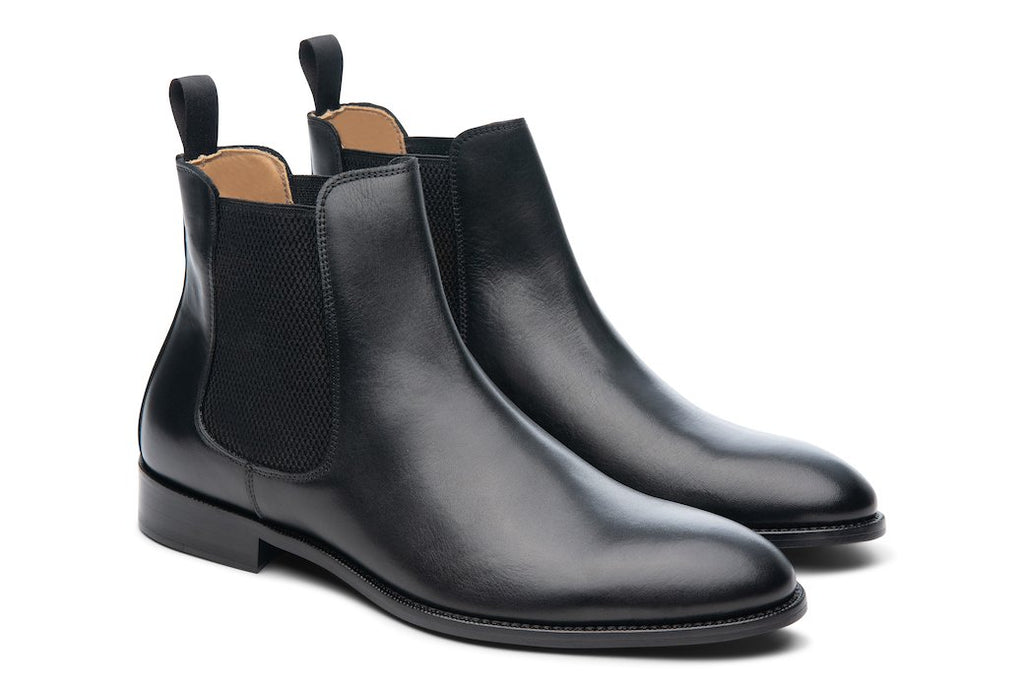 Blake McKay Castello Chelsea Boot in Black Side View Pair