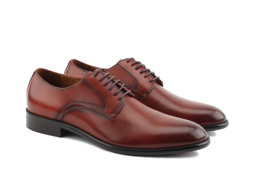 Blake McKay Nolan Plain Toe Derby in Brandy Side View Pair