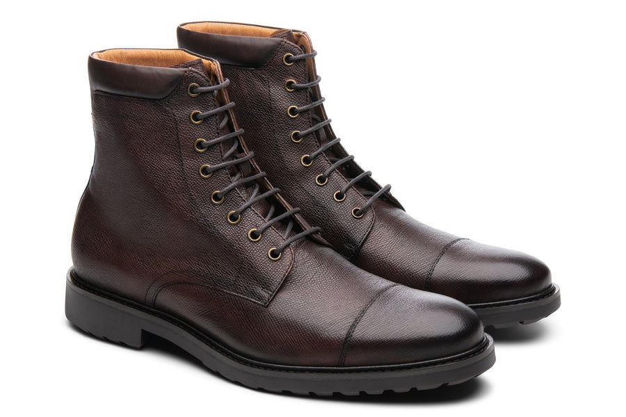 Blake McKay Cooper in Chestnut Side View Pair