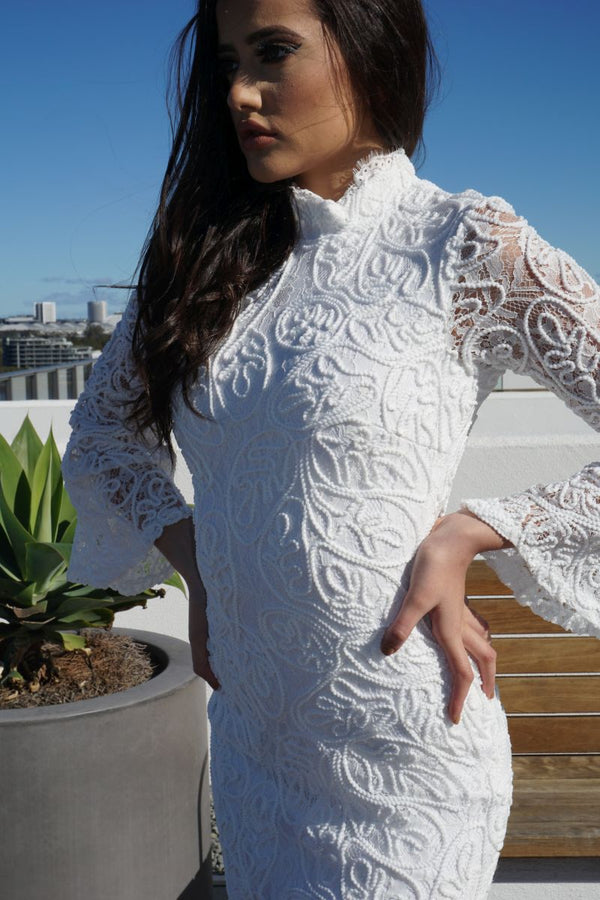 THE ALLACE WHITE LACE DRESS