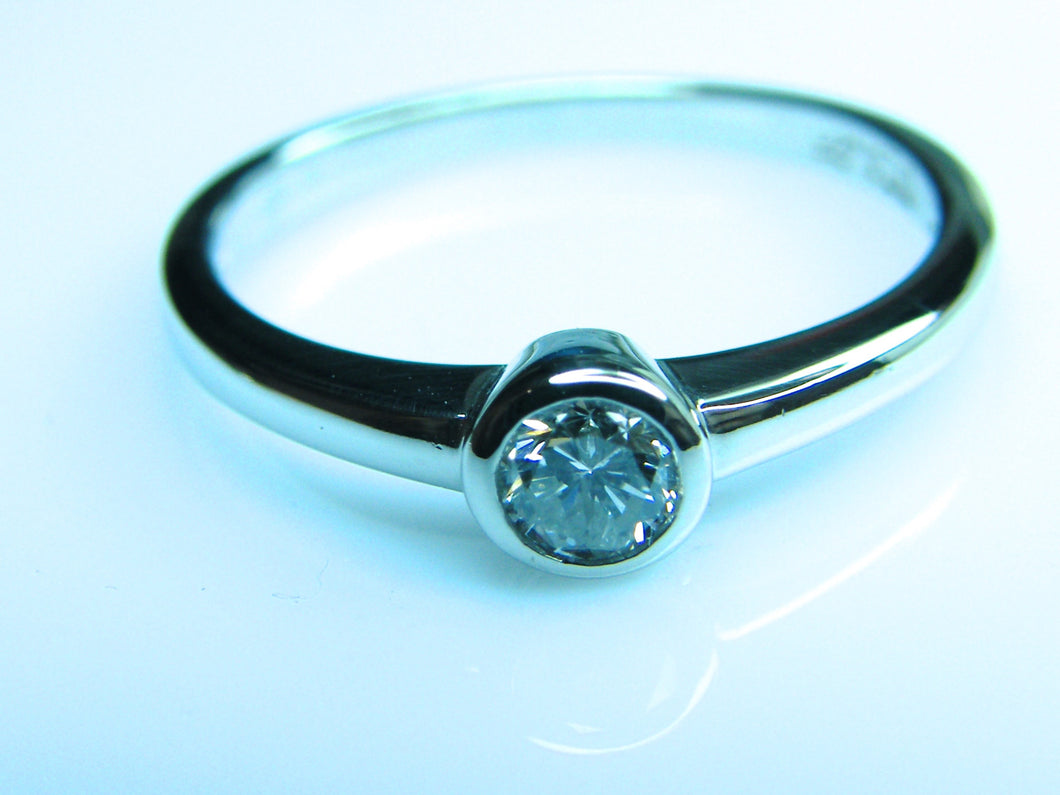Platinum Diamond (.25) Ring - agiftireland