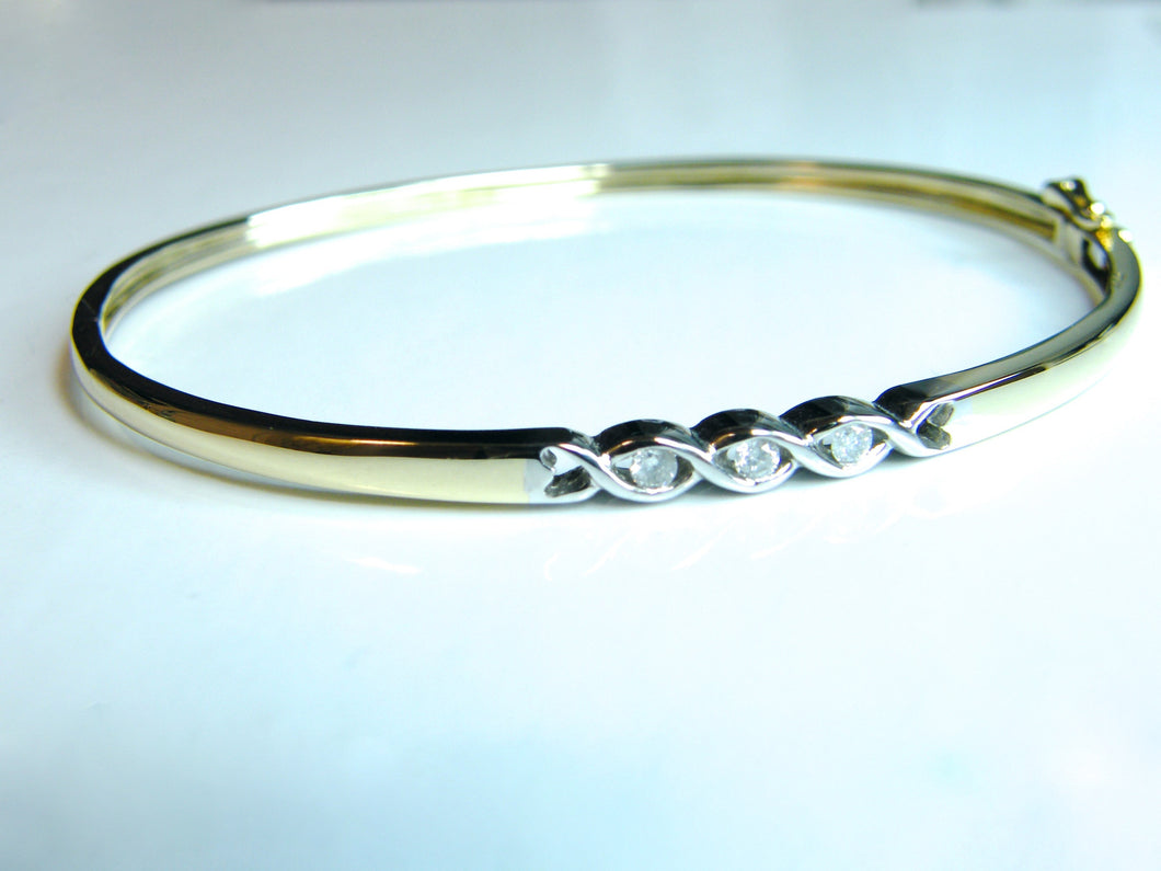 9ct Gold Diamond Bangle - agiftireland