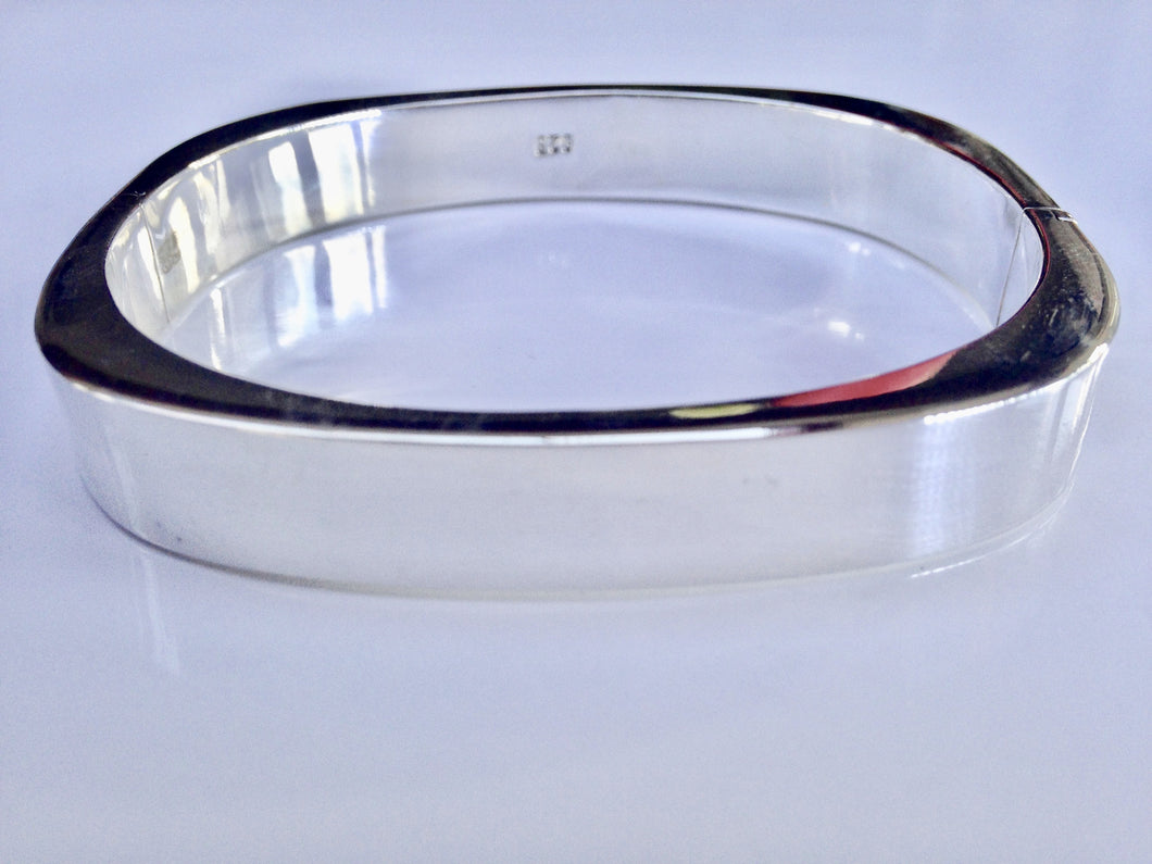 Sterling Silver hollow Bangle - agiftireland