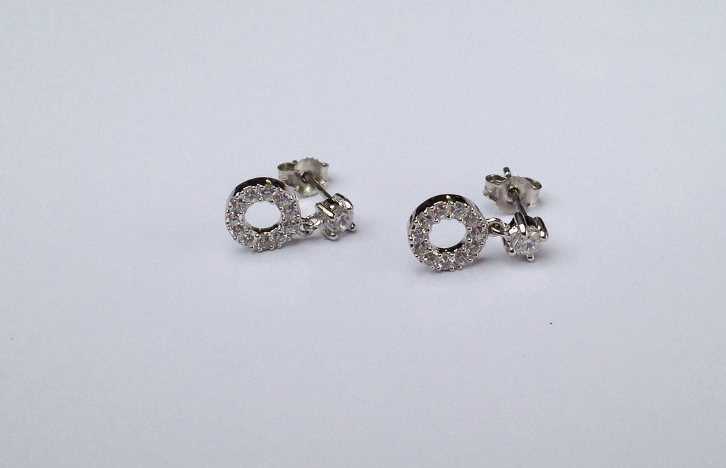 9ct white Gold Cubic Zirconia Earrings - agiftireland