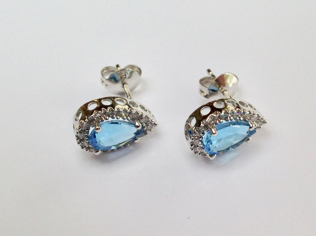 9ct white Gold Blue Topaz Earrings - agiftireland