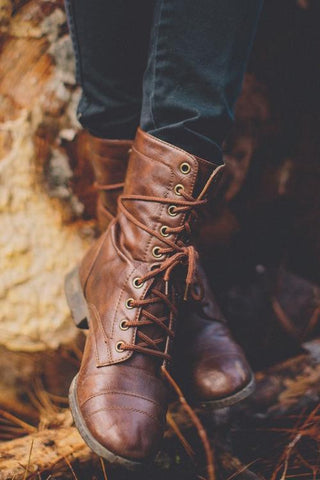 Lace Up Vintage Boots - girlyrose.com