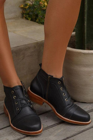 Side Zipper Lace Up Low Boots - girlyrose.com