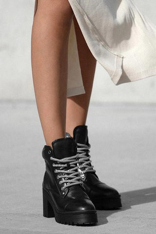 Lace Up Chunky Heels Ankle Boots - girlyrose.com