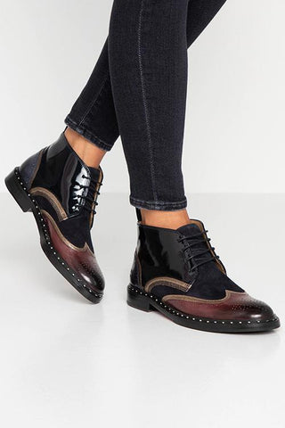 Color Block Lace Up Flat Pumps - girlyrose.com