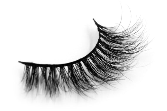 3D Long Thick Voluminous Dramatic Looking Handmade Mink False Eyelashes