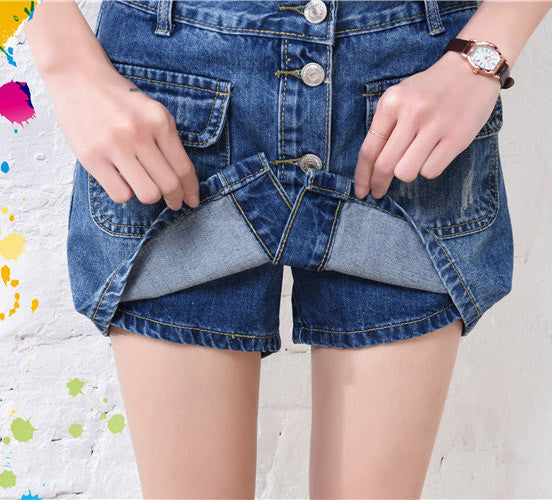 These Denim Skirt Outfits Will Make You Become A Headturner - girlyrose.com