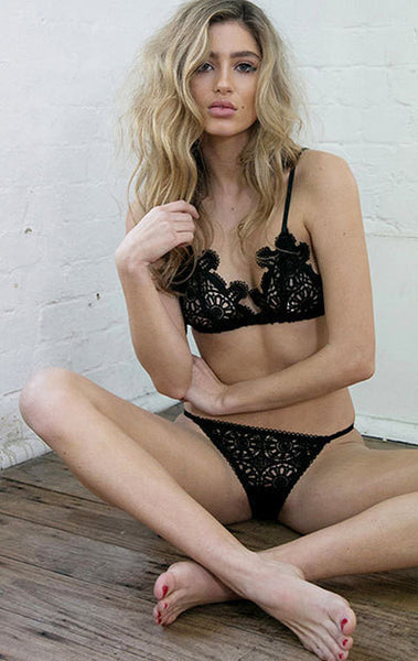 Sexy Lace Hollow-Out Bra Lingerie Set