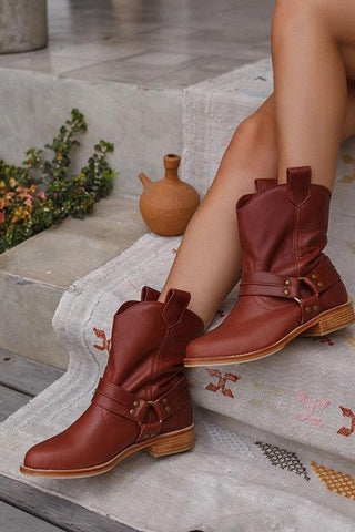 Slip On Flat Boots - girlyrose.com