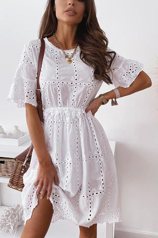 Hollow O Neck Flares Sleeve Dress