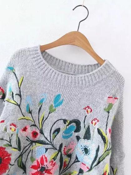 Gorgeous Embroidery Round Neckline Oversize Sweater - girlyrose.com