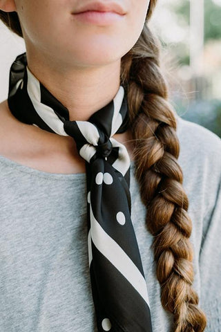 Dot Print Neck Scarf - girlyrose.com