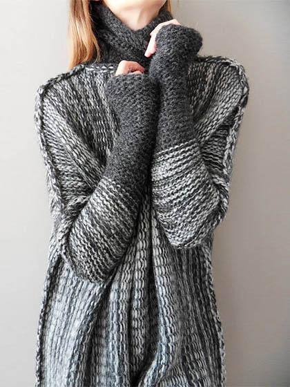 Stylish Spliced Turtleneck Loose Pullover Sweater - girlyrose.com
