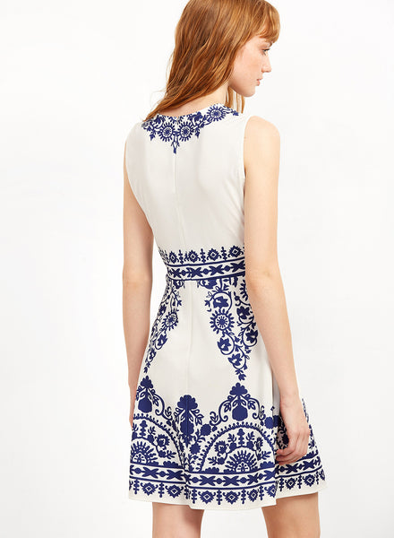 Sleeveless Blue and white Porcelain Printed Dress
