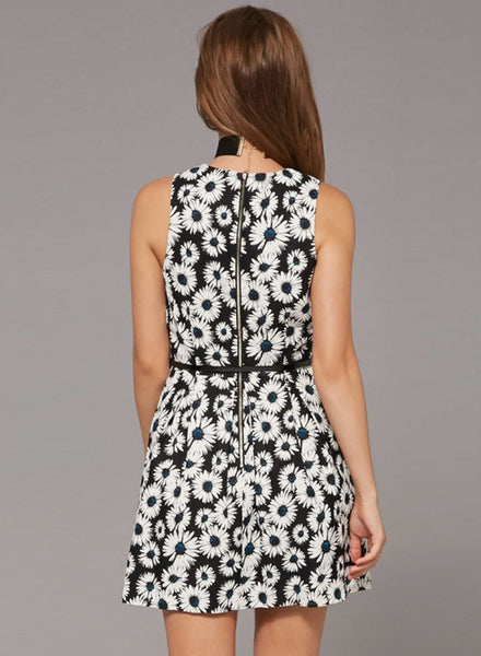 Sleeveless Sunflower Printed Mini Dress with Pockets