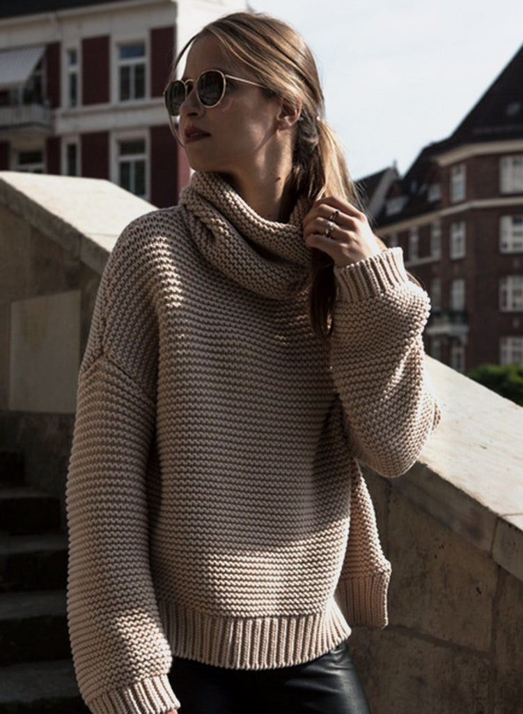 Turtleneck Side Slit Knit Pullover Sweater - girlyrose.com