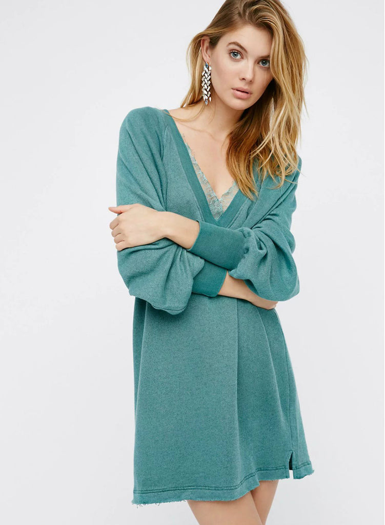 Green V Neck Lace Splicing Pullover Sweatshirt